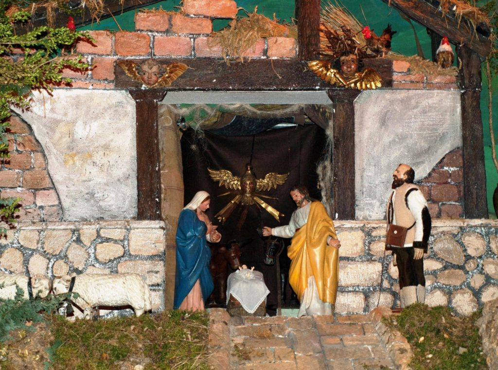 Adoración de los pastores en la representación del día de Navidad (Belén de Santa María de Laguardia - Foto: Fco. Javier Gutiérrez)