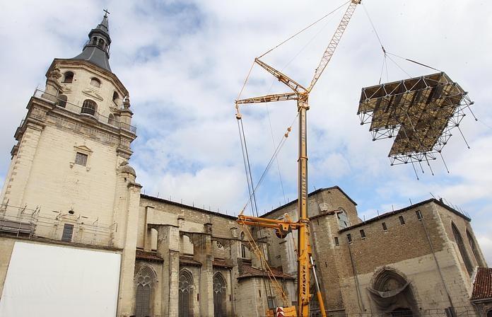"""Catedral """"Vieja"""" de Santa María, segunda tras la Basílica de Armentia, en obras de restauración desde 1997"""